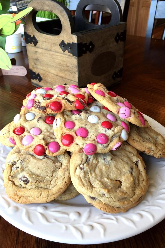 YE april cookies